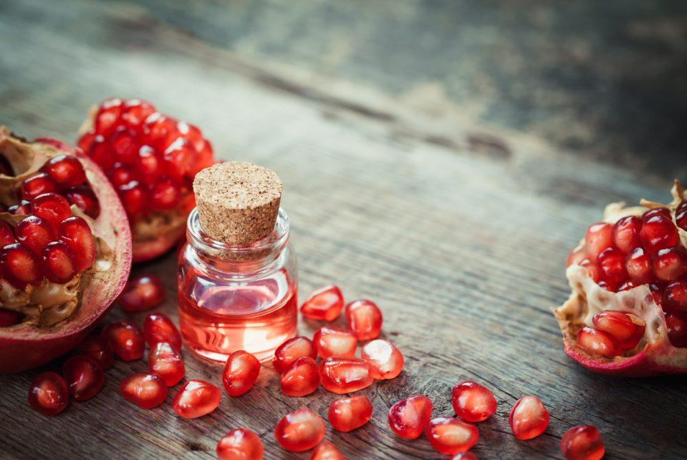 12 Wonderful Benefits Of Pomegranate Seed Oil