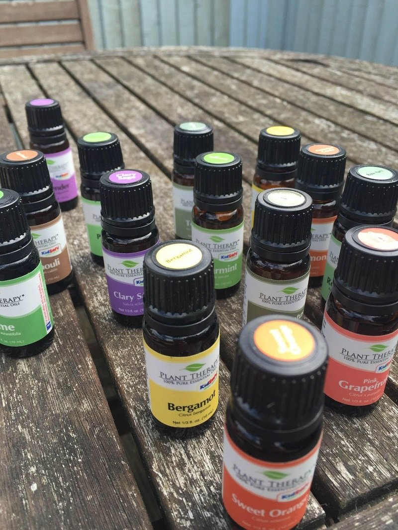 12 Best Essential Oils That Should Be In Every Home