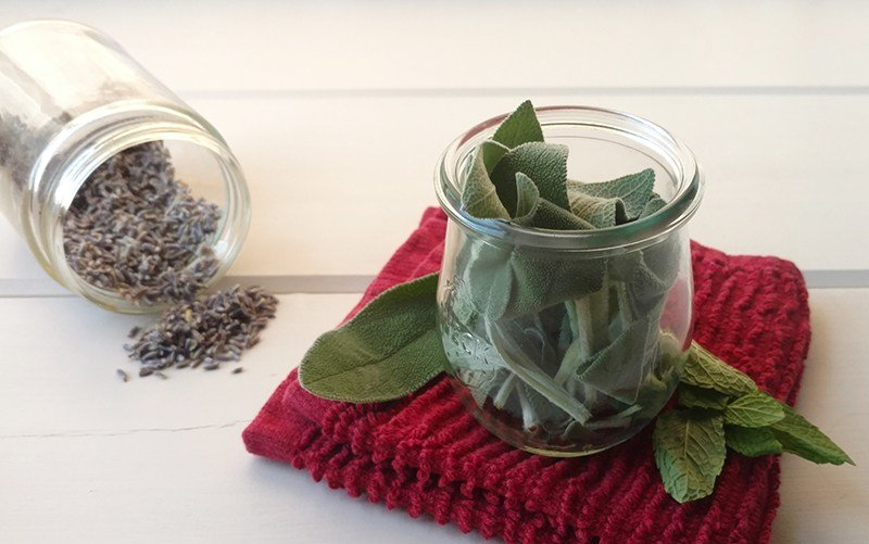Homemade Herbal Face Steam For Clear & Glowing Skin