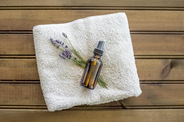 Easiest Homemade Lavender Linen Spray