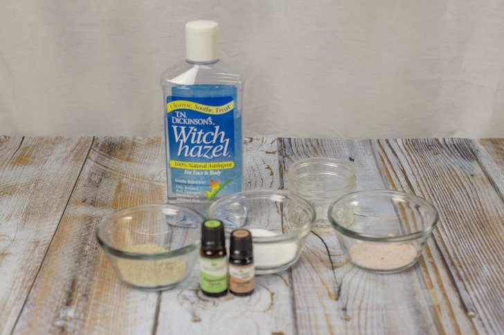 DIY Calamine Lotion To Soothe Bug Bites & Itchy Rashes
